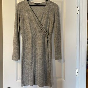 3 / $25! ✰ NWOT George Gray Wrap Style Dress